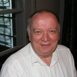 DR DIRK VUYLSTEKE