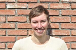 Dr Eline Van Nuffel